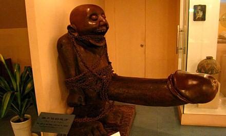 penis-statue_